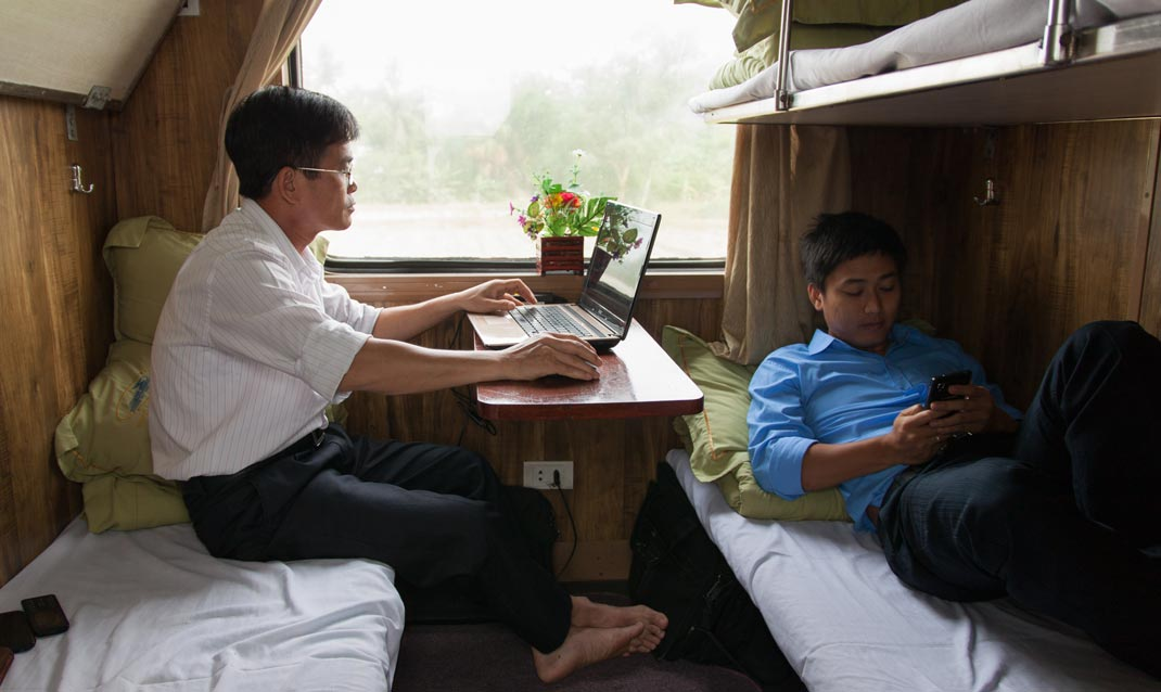 The Reunification Express, Vietnam - Isma Monfort