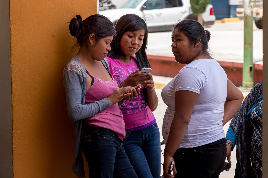 Community Cell Phone Networks in Oaxaca, Mexico